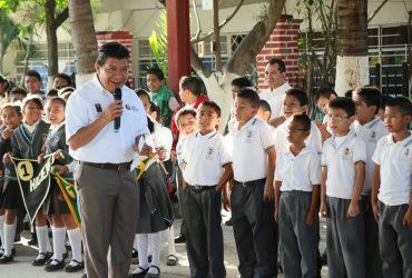 En el 2016 se destinaron casi diez mil millones de pesos en infraestructura educativa.