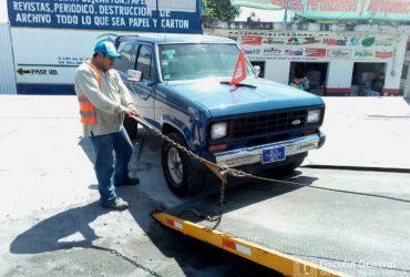 Aseguran en Galeana vehículos de procedencia ilícita