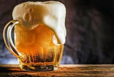 Cerveza con limón es la mejor opción para bajar de peso