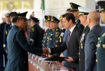 Entrega de Condecoraciones, Menciones Honoríficas y Reconocimientos al Personal y Unidades de las Fuerzas Armadas