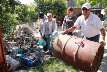 Continúan las acciones de descacharrización para evitar el dengue