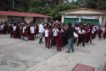 Implementarán a partir del próximo ciclo escolar revisión de mochilas como medida de seguridad en las escuelas