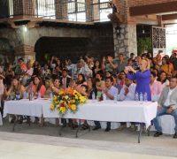 Apadrina Alfonso Sotelo a más de 800 niños y adolescentes en la clausuras de 26 escuelas