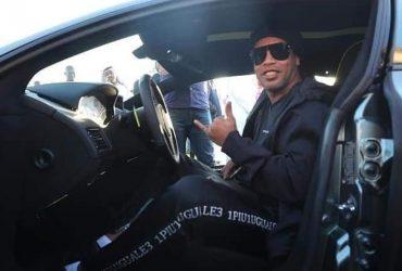 Cuauhtémoc Blanco dio la alineación del partido del 10-10 contra Ronaldinho