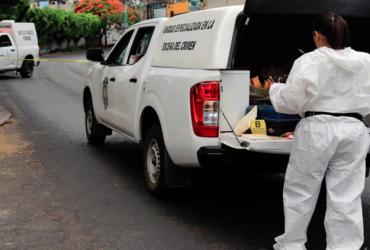 Tragedia en Yautepec; asesinan a un hombre y a una menor en su domicilio. Uno más resulta lesionado