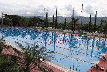 Por pandemia, eliminan cuota hasta fin de año para recibir clases en el complejo acuático Emiliano Zapata